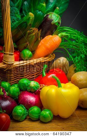 Raw vegetables in wicker basket