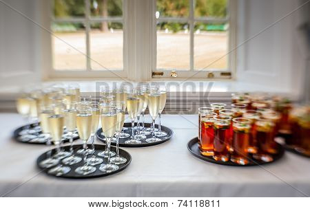 Wedding punch and champagne