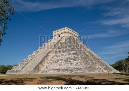 El Castillo (the castle) - Temple of Kukulkan, Chichen Itza, Mexico