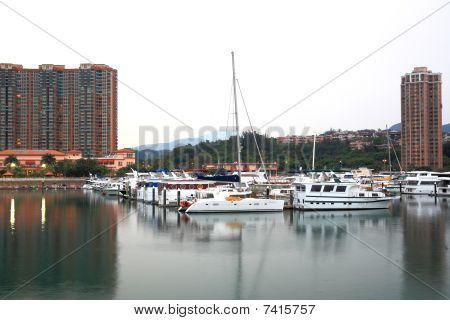 yacht club in Hong Kong Gold coast