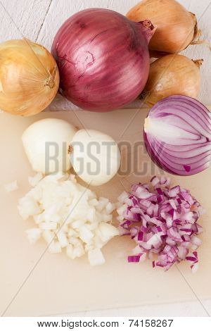 Whole, Peeled And Diced Brown Onion
