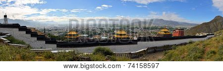 Kora of Tashilunpo Monastery n Shigatse, Tibet