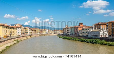 View At Embankment Arno River In Pisa