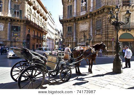 Palermo, Quattro Canti