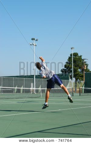 Tennis player serve