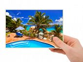 image of kuramathi  - Beach photography in hand  - JPG