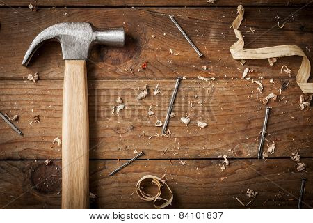 carpenter hammer