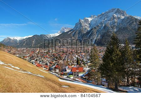 Beautiful Mittenwald Village And Karwendel Mountains
