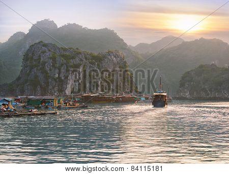 seascape sunset at Halong Bay