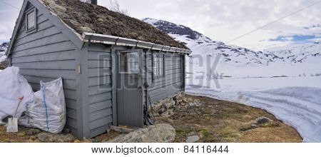 Mountain Cabin Near Trolltunga