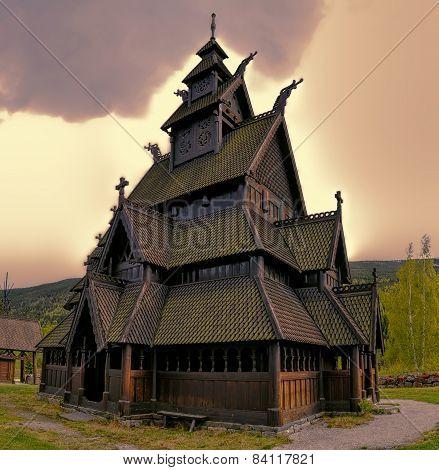 Hol Church