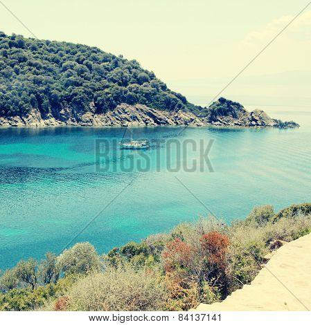 Beautiful Turquoise Bay, Ammuliani Island, Halkidiki, Greece.