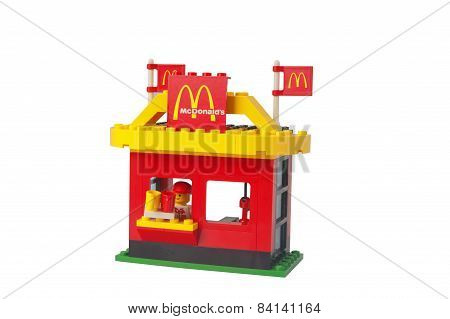 Mcdonalds Drive Thru Lego Set