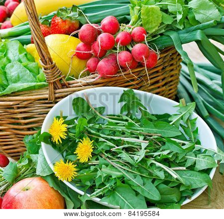 Edible dandelion and fresh fruit and vegetable