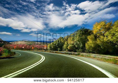 Greek landschaft a mountain road