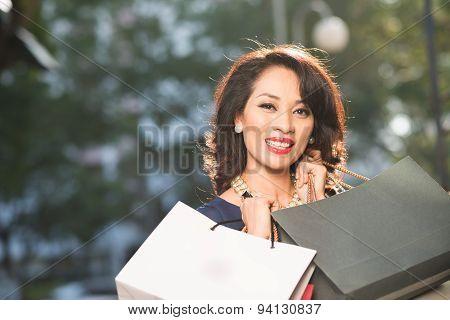Attractive Shopaholic
