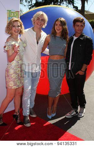 LOS ANGELES - JUN 22:  Grace Phipps, Ross Lynch, Maia Mitchell, Garrett Clayton at the