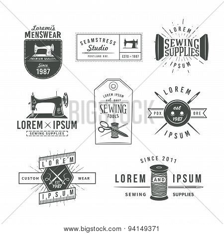 Set of vintage tailor labels, emblems and design elements. Tailor shop logo vector. sewing stodio il