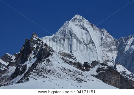 High Mountain Next To Cho Oyu