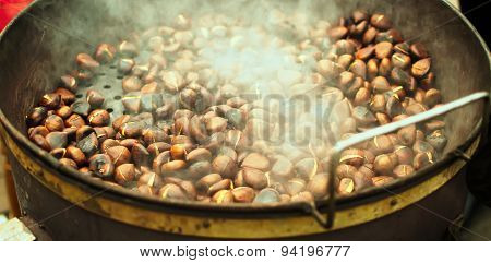 Chestnuts,roasted,pot,food