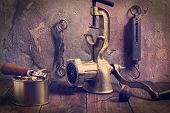 picture of chopper  - Old kitchen accessories - JPG