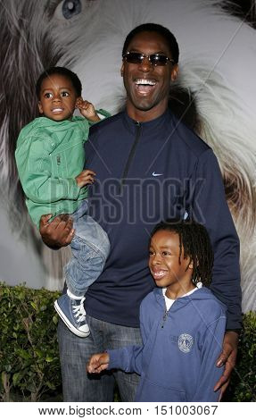 Isaiah Washington at the World premiere of 'The Shaggy Dog' held at the El Capitan Theatre in Hollywood, USA on March 7, 2006.