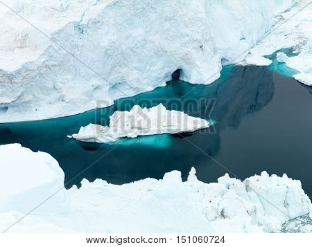 icebergs are on the arctic ocean in greenland