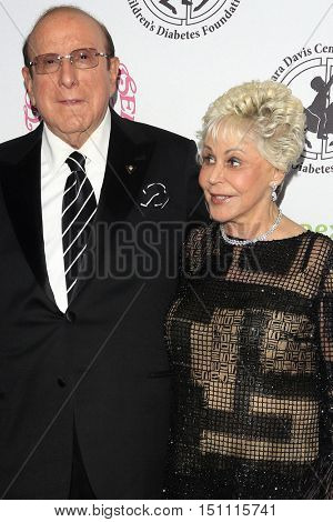 LOS ANGELES - OCT 8:  Clive Davis, Rona Barrett at the 2016 Carousel Of Hope Ball at the Beverly Hilton Hotel on October 8, 2016 in Beverly Hills, CA