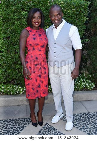 LOS ANGELES - SEP 25:  Viola Davis and Julius Tennon arrives to the The Rape Foundation Annual Brunch on September 25, 2016 in Hollywood, CA
