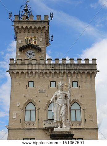 Statue of Liberty in the main square of microstate of San Marino and the ancient palace called Palazzo Pubblico