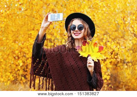 Portrait Fashion Smiling Young Woman Taking Autumn Picture Makes Self Portrait On Smartphone Over Su
