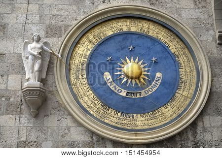 perpetual calendar of the cathedral of Messina
