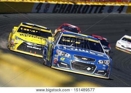 Concord, NC - Oct 09, 2016: Jimmie Johnson (48) brings his race car through the turns during the Bank of America 500 at the Charlotte Motor Speedway in Concord, NC.