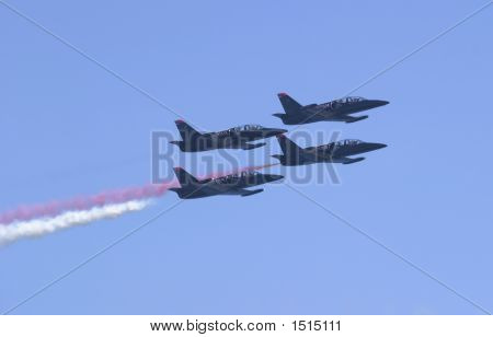 Patriot Jets, Flying Right