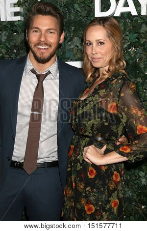 LOS ANGELES - OCT 10:  Scott Clifton, Nicole Lampson at the CBS Daytime #1 for 30 Years Exhibit Reception at the Paley Center For Media on October 10, 2016 in Beverly Hills, CA
