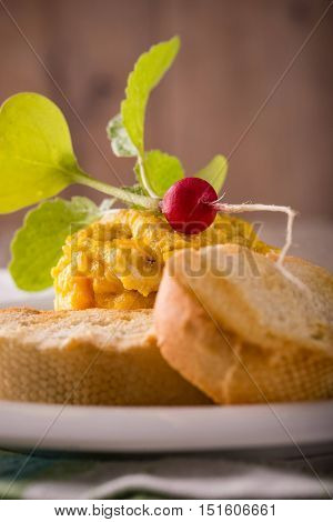 Young Radish On Scrambled Eggs With Pastry