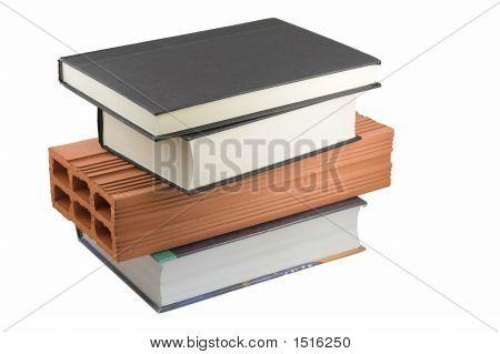 Libros y ladrillo