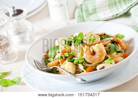 Fresh Linguine With Shrimp