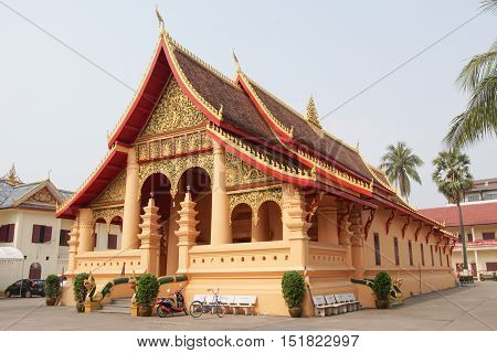 VIENTIANE, LAOS - FEBRUARY 21, 2016:  Wat Ong Teu Mahawihan, one of the temples in Vientiane on February 21, 2016 in Laos, Asia