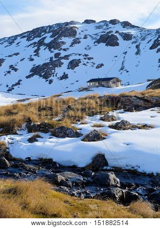 The Lake Angelus Hut And Alpine Scenery.  Nelson Lakes National Park, Southern Alps, New Zealand