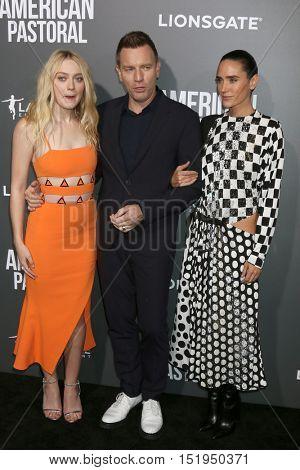 LOS ANGELES - OCT 13:  Dakota Fanning, Ewan McGregor, Jennifer Connelly at the