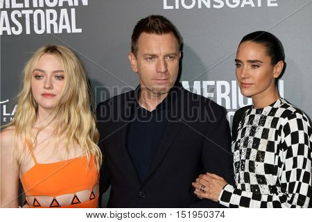 LOS ANGELES - OCT 13:  Dakota Fanning, Ewan McGregor, Jennifer Connelly at the