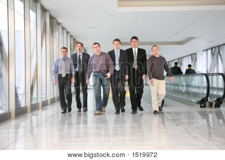 Walking Businessteam