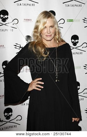 LOS ANGELES - OCT 23: Daryl Hannah at the Animal Planet's 'Whale Wars' + Sea Shepherd Conservation Society event for 'Operation No Compromise' on October 23, 2010 in Los Angeles, California