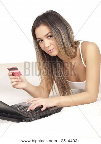 nice woman pays for online shopping