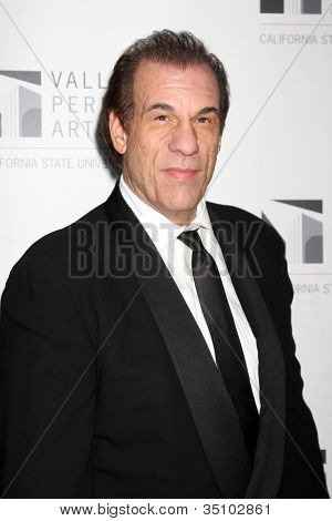 LOS ANGELES - JAN 29:  Robert Davi arrives at the Valley Performing Arts Center Opening Gala at California State University, Northridge on January 29, 2011 in Northridge, CA