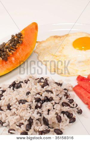 Desayuno en América Central