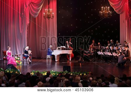 MOSCOW - APR 23: Jazz orchestra named after Oleg Lundstrem at Ball Crystal Turandot, dedicated to anniversary of Svetlana Nemolyaeva in Vakhtangov Theatre on Apr 23, 2012 in Moscow, Russia.