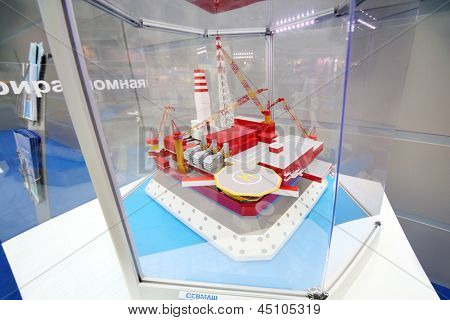 MOSCOW - MAY 23: Offshore ice-resistant stationary platform Prirazlomnaya produced by Sevmash at Russia Marine Industry Conference 2012 in Gostiny Dvor, on May 23, 2012 in Moscow, Russia.