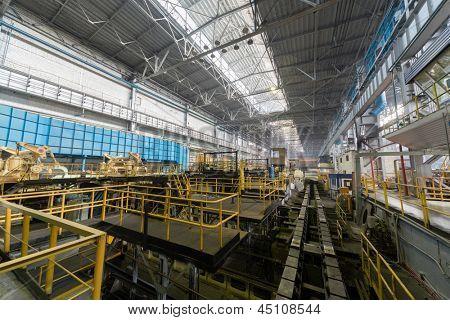 Line transport large rolls of aluminum
